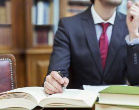 diventare-giurista-d-impresa-chi-e-cosa-fa