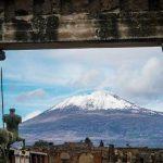 neve-sul-vesuvio-dagli-scavi-di-pompei-3241906-660x368