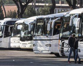 bus-turistici-1200x900