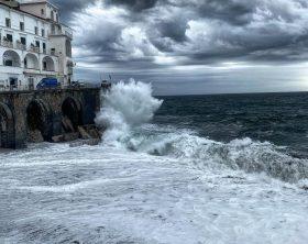 campania-allerta-meteo-per-vento-forte-e-mare-agi-285893