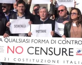 protesta-ordine-giornalisti-della-campania-napoli-di-maio