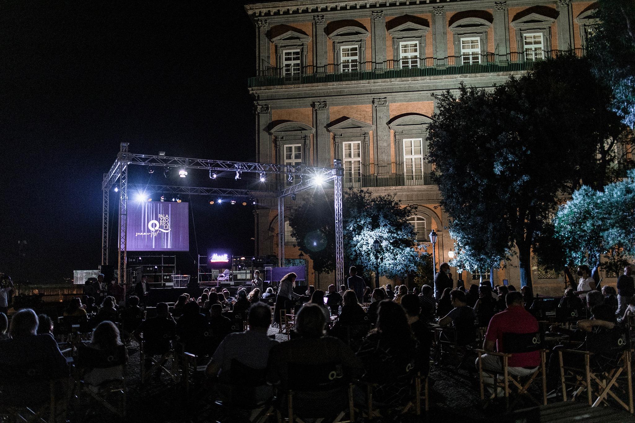 foto-palco-palazzo-reale-summer-fest